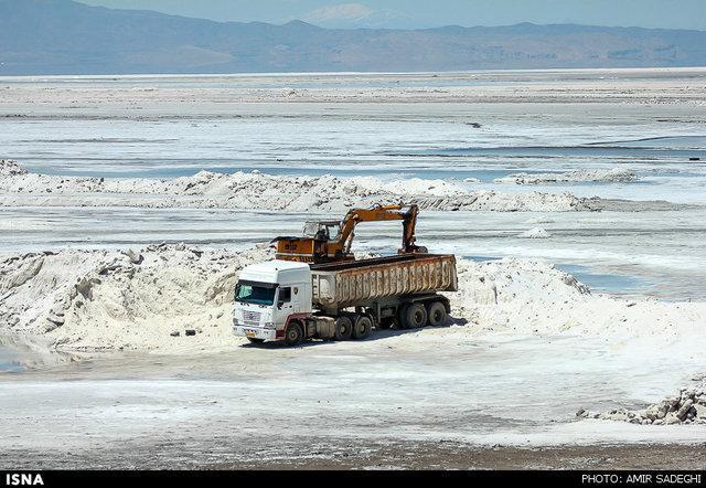 برداشت غیرمجاز مواد معدنی از حریم پارک ملی دریاچه ارومیه ممنوع
