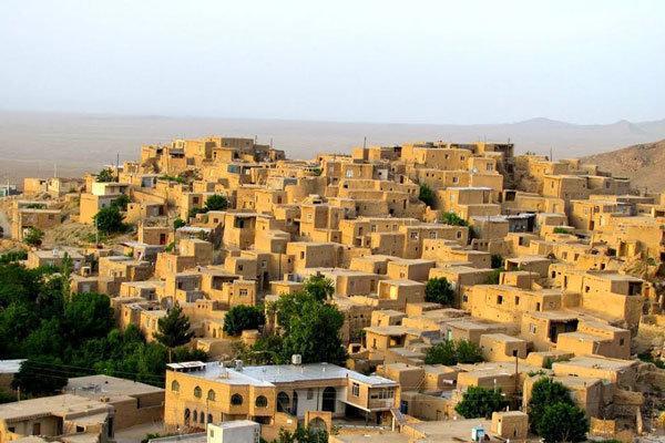 رئیس انجمن برنامه ریزی روستای ایران عنوان کرد؛ توسعه روستایی کشور زیر چرخ دلالان، حدود 35 هزار روستا خالی از سکنه داریم