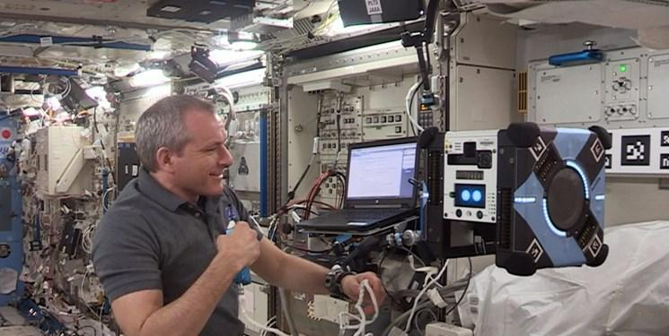 پرواز نخستین ربات فضانورد در فضا