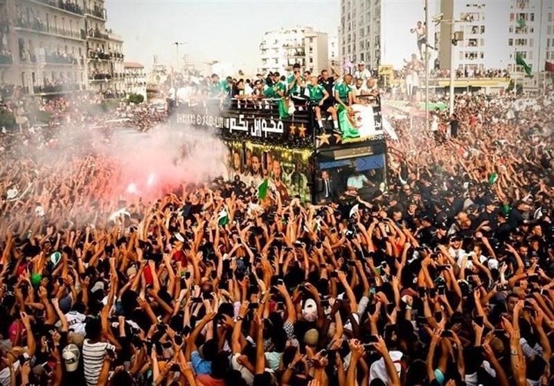 استقبال باشکوه الجزایری ها از قهرمان جام ملت های آفریقا