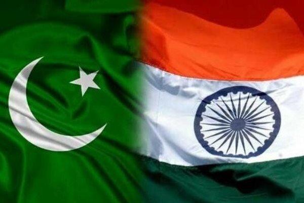 پاکستان، هند را به استفاده از بمب خوشه ای در مرز کشمیر متهم کرد