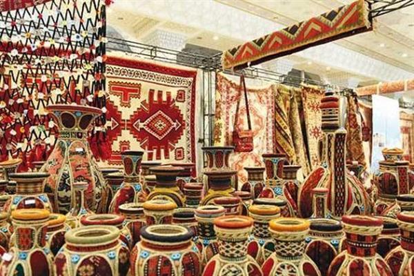نمایشگاه صنایع دستی غرب کشور در سقز برپا می گردد