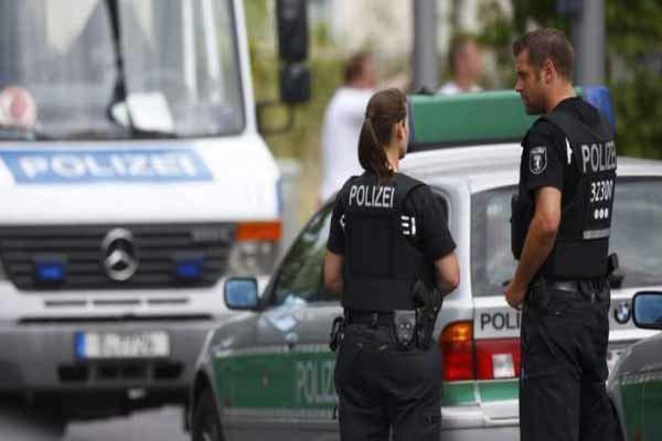 تهدید بمب گذاری مسجدی در برلین