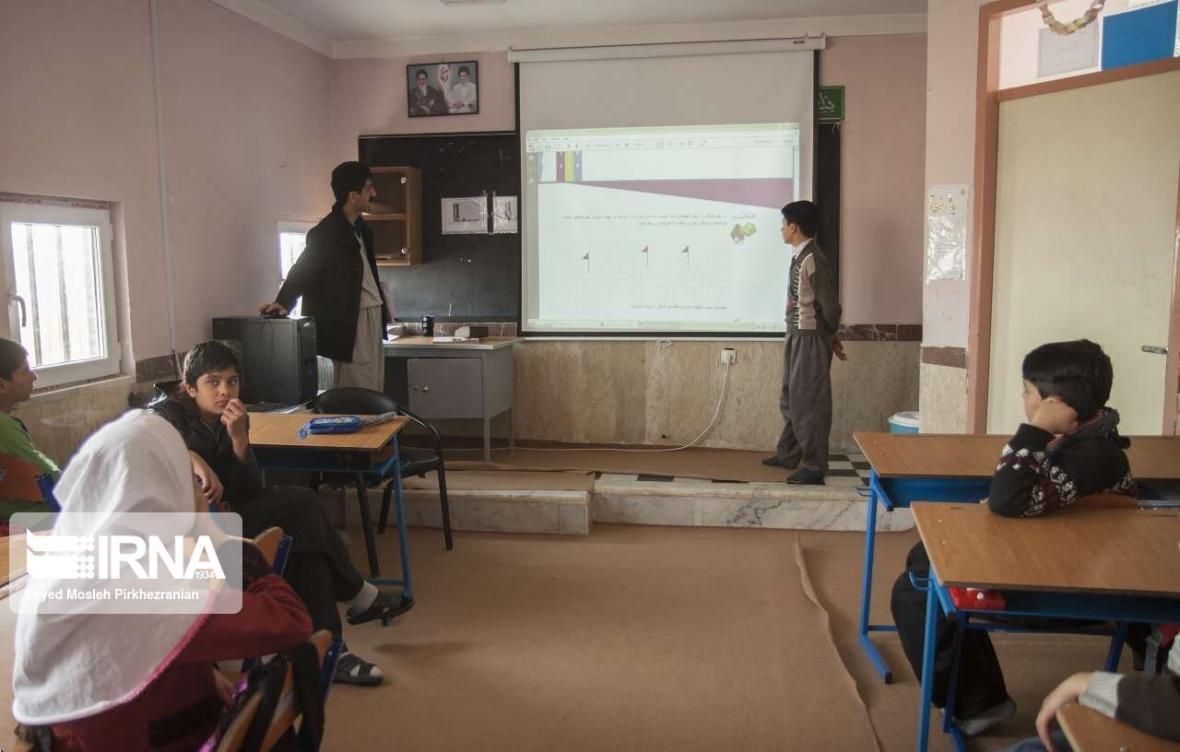 خبرنگاران تقویت زیرساخت های آموزشی مناطق مرزی کردستان در اولویت است