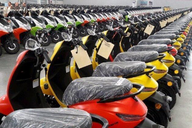 649 دستگاه موتورسیکلت احتکاری در تهران کشف شد