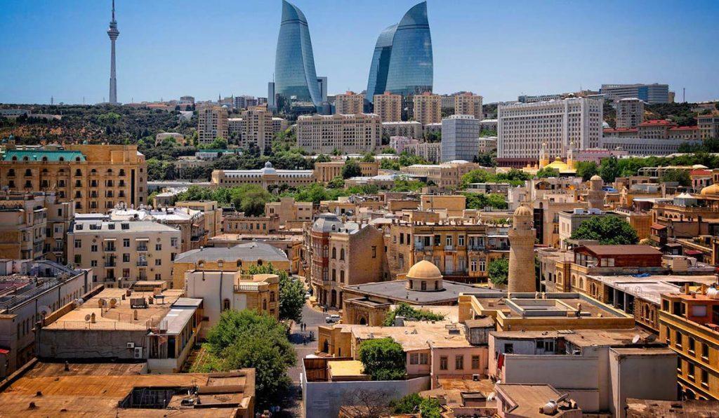 در تور 4 شب و 5 روز آذربایجان از چه جاذبه هایی دیدن کنیم؟
