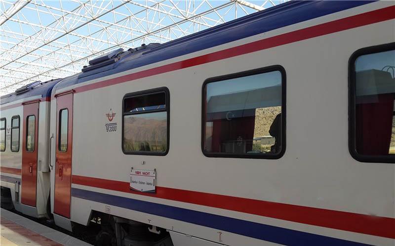 2 هزار و 120 نفر مبتلا به کرونا از حمل و نقل عمومی جا ماندند