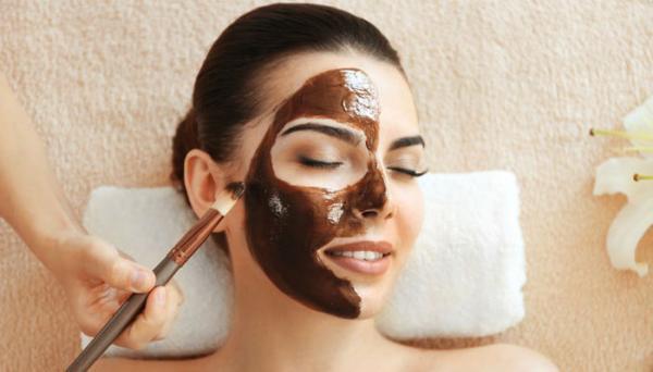 جوانسازی پوست با ماسک شکلات