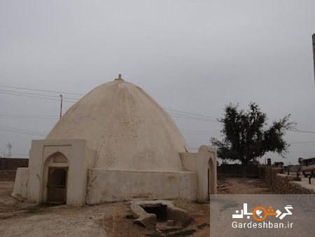 زیارتگاه شیخ اندر آبی در جزیره قشم